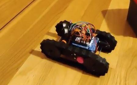 Se concede el premio Desafio Stem a unos maestros de Vigo por la creación del robot mClon