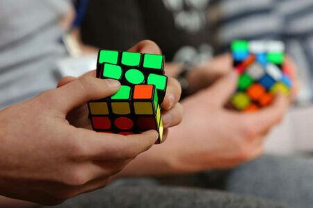 La IA DeepCubeA logra el récord del Cubo de Rubik